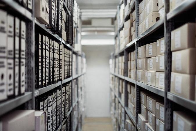 Il registro dei trattamenti è un vero e proprio registro, i cui contenuti non sono affatto da inventare, ma sono dettagliati in forma di elenco dall'art. 30 del GDPR.