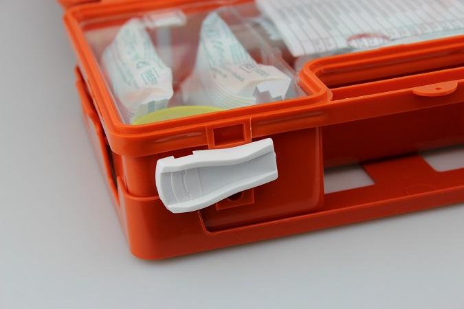 Ipotizzando che si verifichi una condizione di emergenza di primo soccorso (malore, incidente o infortunio) , in che modo lo stato di emergenza sanitaria legata al COVID-19 influisce sulle procedure di intervento?