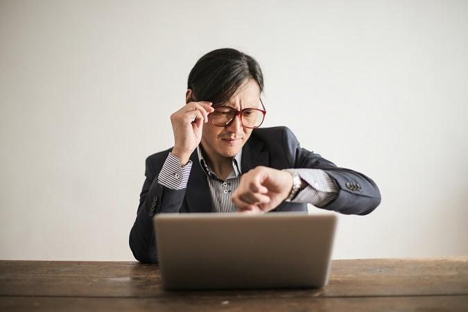 Se si decide di entrare nel mondo dei gestionali  e dei software di gestione dei documenti, è necessario mettere in conto un investimento iniziale di tempo per caricare tutti i documenti e i dati di interesse.