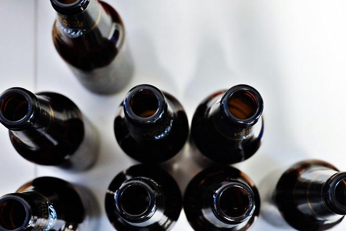 Bisogna valutare e gestire attivamente il divieto di assunzione di alcol sul lavoro. A partire dai casi di ragionevole dubbio di ubriachezza.